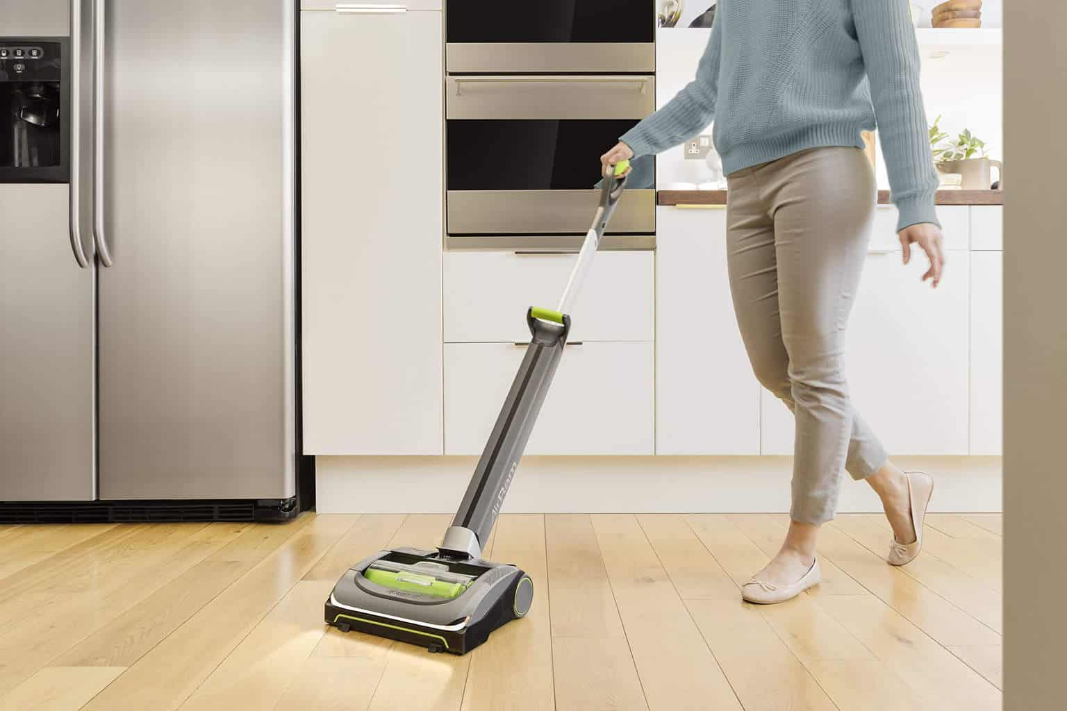 Things to Consider Before Buying a Hardwood Floor Cleaner